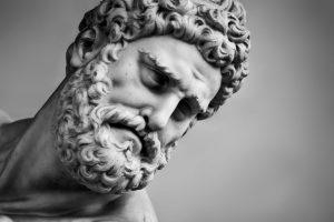Escultura de Heracles.