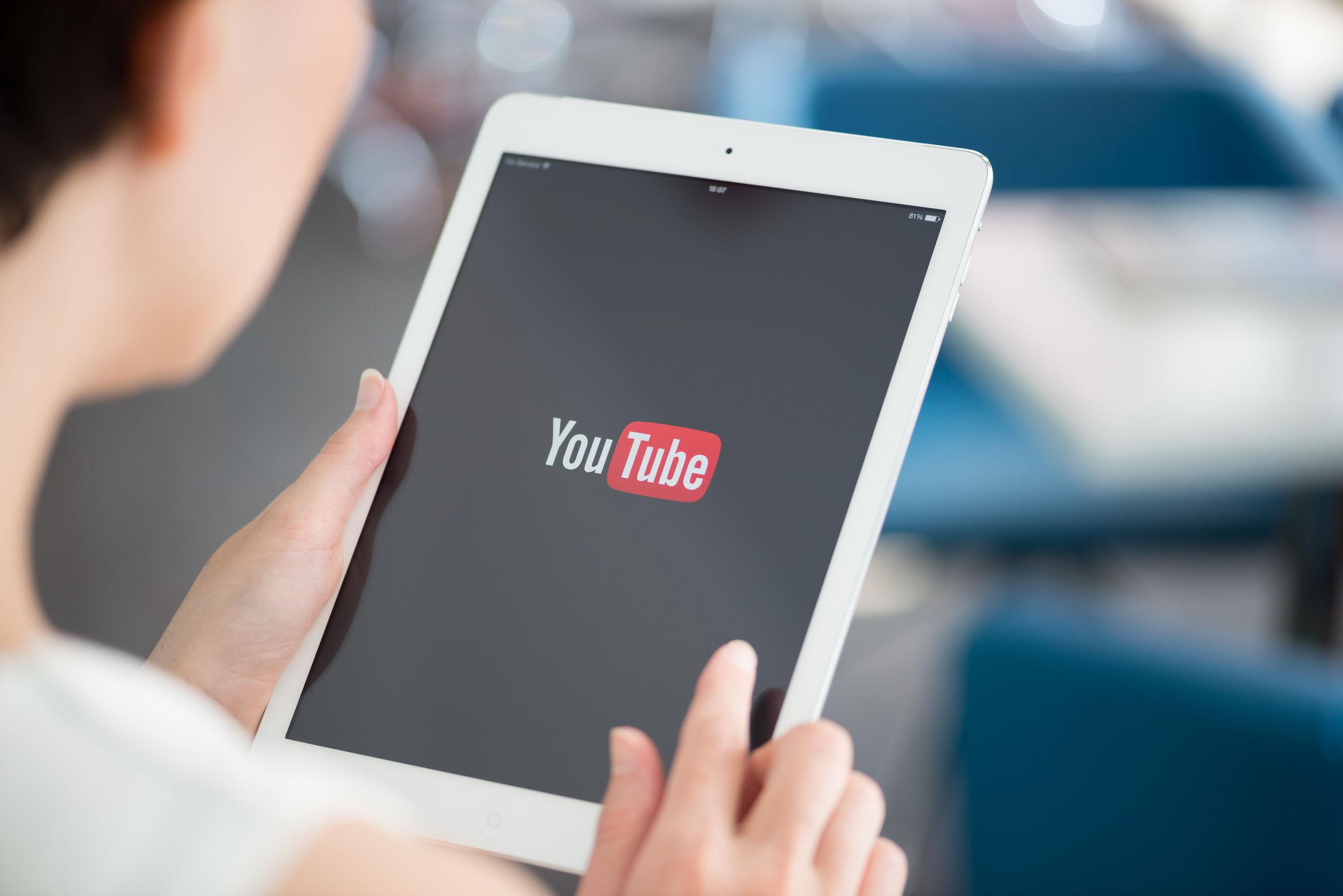 Aplicación de Youtube en iPad.
